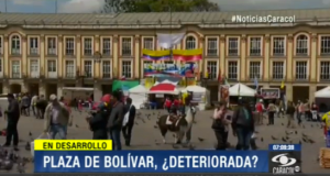 Activists fighting the dismissal of Bogotá Mayor Gustavo Petro have occuppied la Plaza de Bolivar for five days, prompting another investigation by Colombia´s hard-hitting inspector general.